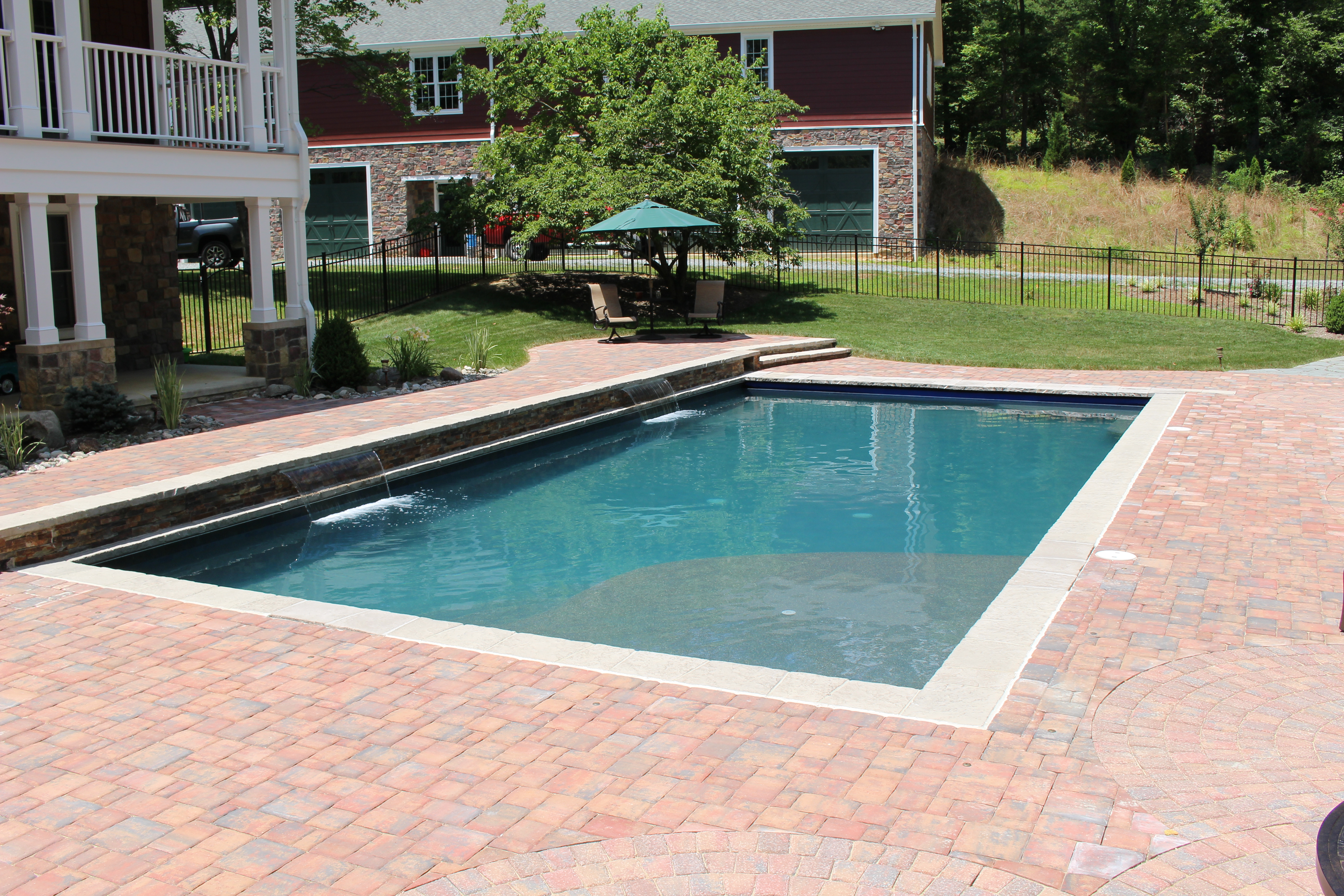 Pine knoll swimming pool the pool company construction for Pool contractors