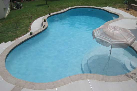 Pool with Raised & Reverse Bond Beams